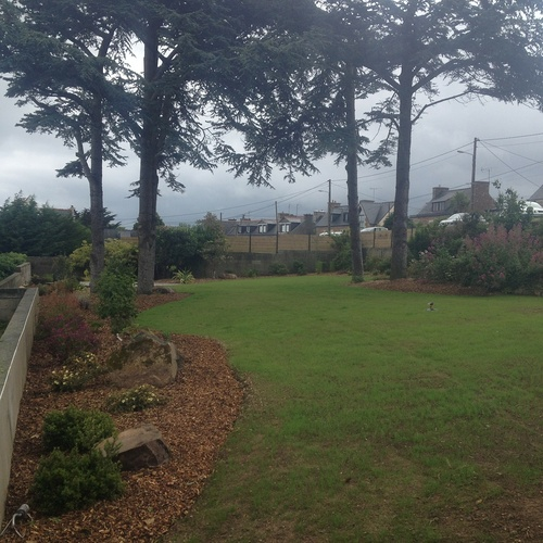 Rénovation du jardin en vue mer avec terrasse - LOGUIVY