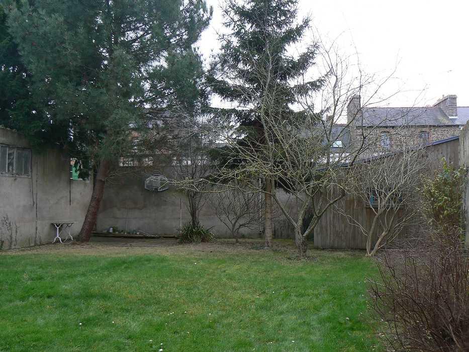 Aménagement d''une terrasse en bois et installation d''un spa - SAINT-BRIEUC p12702911