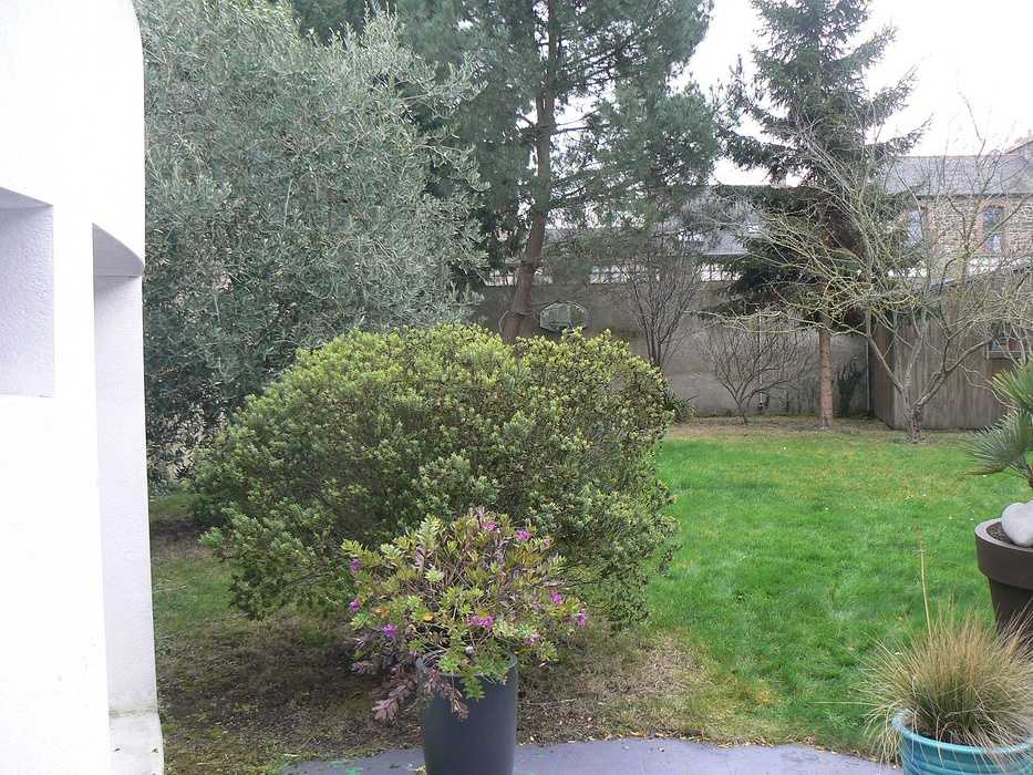 Aménagement d''une terrasse en bois et installation d''un spa - SAINT-BRIEUC p12703011