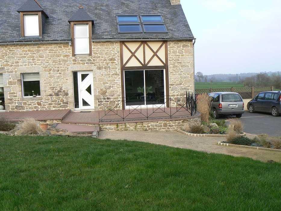 Réaménagement de la terrasse en intégrant un Spa - Hénon p1070638