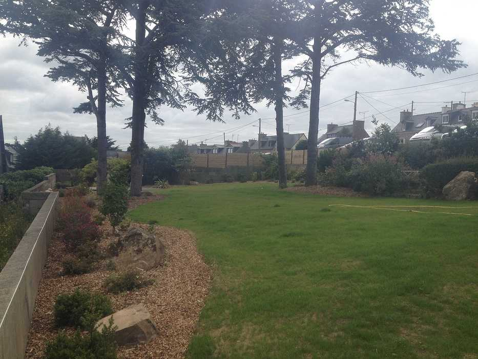 Rénovation du jardin en vue mer avec terrasse - LOGUIVY img1863