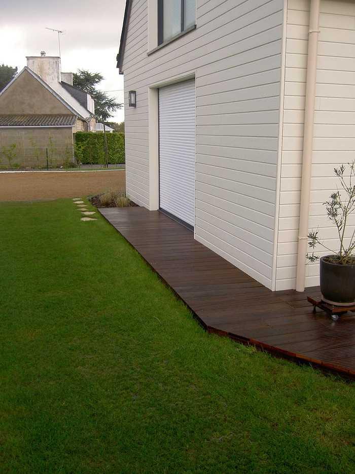Terrasse en bois avec clôture pour masquer le vis à vis - PLOUEZEC pict2876