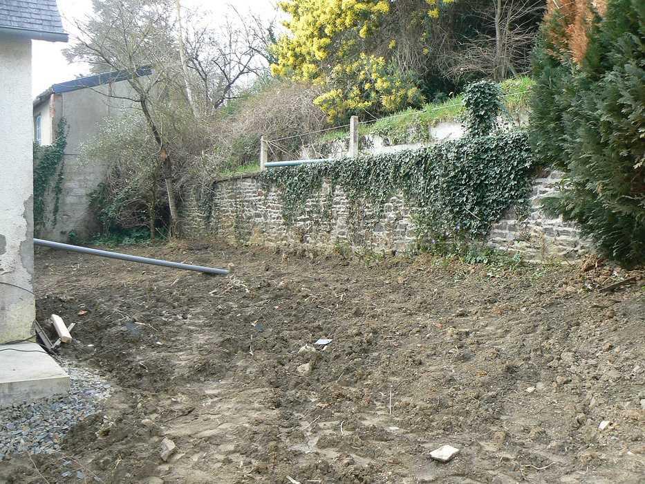 Aménagement d'un terrain en pente, accueil de la maison et aménagement de différentes zones du jardin - Binic p1240026
